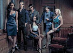 Clap de fin pour la série, The Vampire Diaries. La décision a été confirmée lors du Comic-Con de San Diego. La CW n'ira pas plus loin que cette ultime saison, la 8ème. Les acteurs sont soulagés, ils rêvaient tous de partir...et d'imiter leur ancienne...