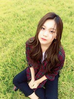 This Korean Webtoon based its characters off of real Korean celebrities - Koreaboo South Korean Girls, Korean Girl Groups, Wendy Son, Asian Models Female, Kim Ye Won, Gfriend Sowon, Cloud Dancer, G Friend, Soyeon