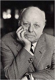 Virgil Thomson influential composer and critic. He composed the opera Four Saints in Three Acts with Gertrude Stein which was a strong influence on Glynn when at school. Later he became friends with Virgil who composed a piano portrait of Glynn called Reaching.