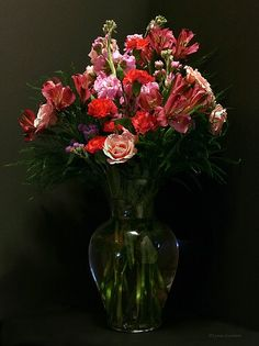 Fotografia blue de elen gardzey na 500px flowers Wedding dress vase