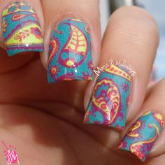 Manis & Makeovers: Neon on! - pt. 4