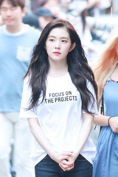 Reject the Binary Seulgi, Miss Girl, Redvelvet Kpop, Fashion Idol, Ulzzang Korean Girl, Thing 1, Red Velvet Irene, Velvet Fashion, Cute Beauty