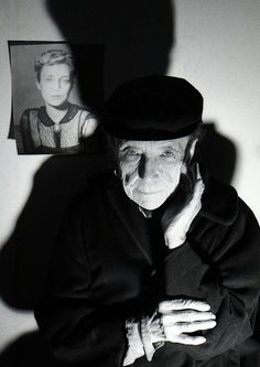 Louise Bourgeois. See The Virtual Artist gallery: www.theartistobjective.com/gallery/index.html