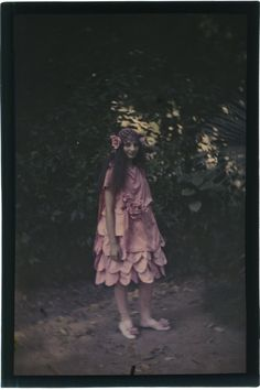 Autochrome Jeune Fille Jolie Robe Fashion Vers 1910 in Collections, Photographies, Anciennes (avant 1900) | eBay