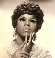 Florence BallardSynopsis  Born in Detroit in 1943, singer Florence Ballard, became famous in the 1960s as a member of The Supremes, a group which she started with childhood friends Mary Wilson and Diana Ross. She sang on 16 different Top 40 hits but left the group in 1967 after a dispute with Motown Records.