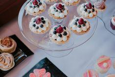 Mini Cupcakes, Pudding, Desserts, Food, Tailgate Desserts, Meal, Dessert, Eten, Puddings