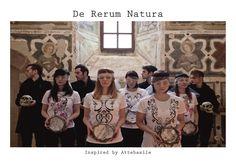 'De rerum natura' è la mia prima collezione di  t-shirt dipinte a mano.