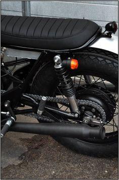 Wrenchmonkies (Copenhagen) - Yamaha XS650 Cafe Racer for a customer in Paris