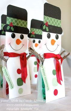 Tonight is my Customer Apprecitation Party! I thought I would share with you the party favors I made with my Envelope Punch Board. My friend Cheryl showed me these cuties and I knew I had to make them Christmas Party Favors, Christmas Paper Crafts, Christmas Tag, Christmas Projects, Holiday Crafts, Christmas Decorations, Christmas Ornaments, Envelope Punch Board Projects, Snowman Party
