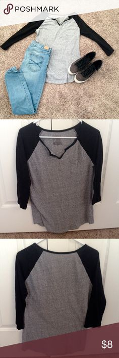 3/4 sleeve black and gray baseball tee 3/4 black and gray baseball tee. Never been worn but does not have tags. Size: Juniors XL. Comment with any questions you have! No Boundaries Tops Tees - Long Sleeve