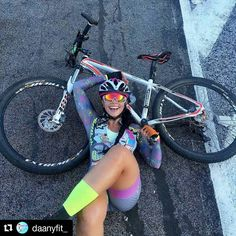 As a beginner mountain cyclist, it is quite natural for you to get a bit overloaded with all the mtb devices that you see in a bike shop or shop. There are numerous types of mountain bike accessori… Mountain Biking Women, Mountain Bike Shoes, Road Bike Women, Bicycle Women, Bicycle Girl, Women's Cycling, Cycling Girls, Cycling Outfit, Radler