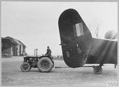 Handley Page Halifax, Maximum Effort, Vintage Air, Ww2 Aircraft, Royal Air Force, Tractor, Caption, Riding Helmets, Monster Trucks