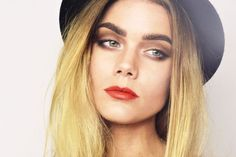 TODAYS LOOK – INSPIRED BY CARA DELEVIGNE