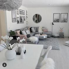 Wohnung living room grey, living room decor, home living room Living Room Decor Cozy, Living Room Grey, Living Room Modern, Home Living Room, Apartment Living, Interior Design Living Room, Living Room Designs, Bedroom Decor, Decor Room
