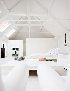 WHITE PAINTED CEILING