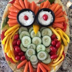 Owl Veggie Tray - Food that your kids will love and eat