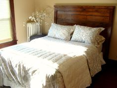 diy solid wood headboard plan from Ana White at Knock Off Wood Homemade Headboards, Headboards For Beds, Headboard Ideas, Wooden Headboards, Headboard Pallet, Home Bedroom, Bedroom Decor, Bedroom Ideas, Master Bedroom