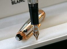 Montblanc Piston Fountain Pen £2,863.21