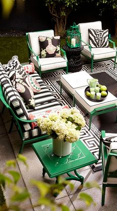 Love the emerald green with B&W! The perfect garden party. That's what Grayson calls to mind. This timeless seating collection is elegant without being fussy, with a high lattice back and airy design that are achieved in solid cast aluminum. Outdoor Furniture Sets, Outdoor Decor, Outdoor Space, Outdoor Rooms, Patio Furniture, Outdoor Furniture, White Rooms, Outdoor Design