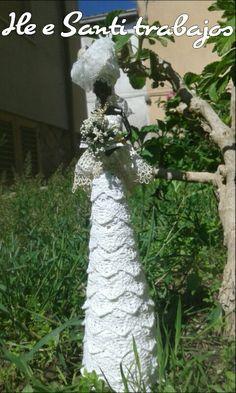 Africana con vestito da sposa by Santino Cossu e Ilenia Pintus