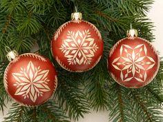 Baumschmuck: Kugeln - 3 Christbaumkugeln mit Strohsternen, Kupfer 6 cm - ein Designerstück von Kreativpflanze bei DaWanda