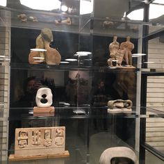 #henrymoore maquettes displayed at #makershouse in the #burberry / #moore exhibition.