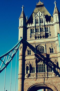 Clear blue skies at Tower Bridge, London