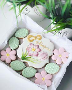 48 Ideas For Cookies Monster Cake Sugar Super Cookies, Mother's Day Cookies, Paint Cookies, Fancy Cookies, Easter Cookies, Cupcake Cookies, Nurse Cookies, Fondant Cupcakes, Fun Cupcakes