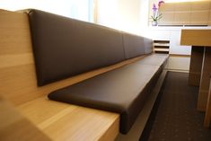 SONOS Architektur ZT-GmbH Sonos, Dining Bench, Couch, Furniture, Ideas, Home Decor, Home Decoration, Architecture, Dining Room Bench
