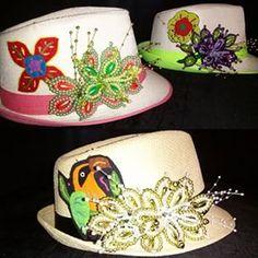 d99c87e02fdec AMELIA TORO COLECCION. Sombreros Pintados A ManoDecoracion ...