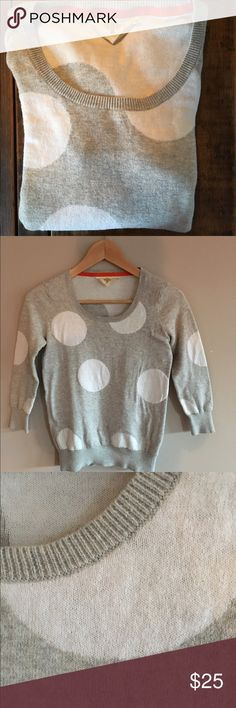 Anthropologie Polka dot sweater Bought at anthropologie-HWR gray cotton sweater with large white polka dots. 3/4 sleeves. In excellent condition, worn twice HWR Sweaters Crew & Scoop Necks