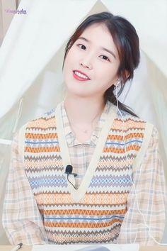 Little Sisters, Korean Singer, Aesthetic Wallpapers, Kpop Girls, Style Inspiration, Actresses, Female, Beautiful, Women