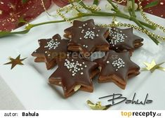 Čokoládové hvězdičky s kokosovou náplní recept - TopRecepty.cz Christmas Sweets, Christmas Candy, Christmas Baking, Christmas Cookies, Czech Recipes, Desert Recipes, Biscotti, Gingerbread Cookies, Nutella