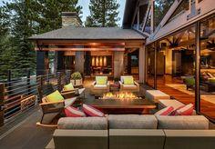 Капитально спроектированная терраса может стать самым великолепным местом вашего участка для времяпровождения с друзьями и близкими