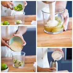 """""""Caipirinha"""" sem álcool. Ingredientes: - Meia lima - 2 colheres de sopa de açúcar mascavado - 1 medida de bebida de limão gaseificada - Gelo q.b. Passos: - Cortar a lima aos quartos, colocar num recipiente e adicionar as colheres - Com um pilão esmagar as limas com o açúcar - Colocar o preparado anterior e o gelo num shaker e misturar tudo - Por fim adicionar a bebida gaseificada e servir A bebida gaseificada tem mesmo que ser adicionada só no final por causa do gás"""