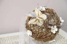 Butterfly Grapevine Pomander - Rustic Pomander - Kissing Ball - Pew decoration - Butterfly and Ivory flowers Butterfly Wedding Theme, Wedding Flowers, Pew Decorations, Kissing Ball, Flower Girl Basket, Xmas Ornaments, Wooden Ornaments, Cute Wedding Ideas, Floral Bouquets