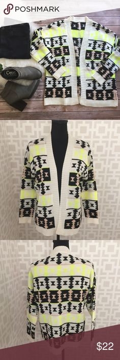 🆕 Aztec Geo Cardigan M/L Excellent used condition. Size M/L Sweaters Cardigans