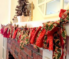 Christmas Garland, Holiday Fabric Banner Christmas Decoration Red Green Decor 70""