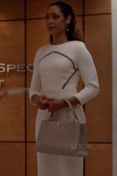 Jessica Pearson wearing Louis Vuitton Capucines PM Bag