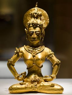 Golden Tara, Agusan Philippines. Fleet Of Ships, Philippines Culture, Filipino Culture, Filipiniana, Ancient Jewelry, Buddhism, Vintage Photos, Pinoy, History