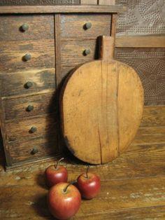 Early Old Antique Primitive Farmhouse Kitchen Oval Bread Board