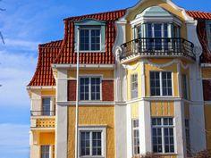 Life of Lotta: Helsinki ♥ Moving Overseas, San Fransisco, Helsinki, Time Travel, Cottages, Castles, Contemporary Design, Alaska, Beautiful Places