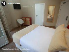 Alcazaba Premium Hostel - Málaga, Spain