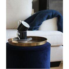 Blue velvet.. we are in love. Tissue Holders, Blue Velvet, Soap Dispenser, Inspiration, Soap Dispenser Pump, Biblical Inspiration, Inhalation