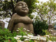 Jizo@天空CafeZeal Very kindly face. http://www.tenku-zeal.com/
