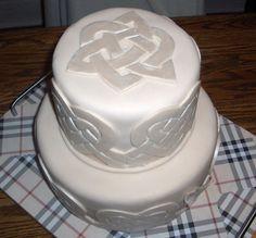 Celtic Wedding Cake Irish Cream pound cake with irish cream bc and fondant. Tone on tone with pearlized decor. Celtic hearts and Native. Wedding Cake Designs, Wedding Cake Toppers, Wedding Vows, Our Wedding, Wedding Ideas, Dream Wedding, Wedding Inspiration, Tartan Wedding, Floral Wedding