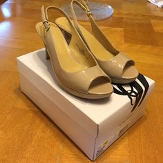 ✨Nude heels✨ Good condition. Small mark on the back of one heel shown in pic ***ALL items in my closet are on sale! See top post for description*** Nine West Shoes Heels