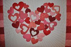 Photos of valentines quilt | Valentine's quilt applique | sewing crafts