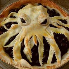 Cthulhu pie...kinda gruesome...maybe for Halloween?
