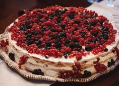 Italian Wedding Cake !!! Millefoglie with berries for Wedding in Tuscany